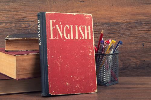 英会話学習に本はおすすめじゃない?口コミで分かる初心者におすすめな本!